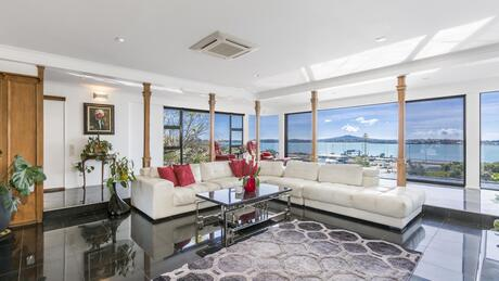 1/1 and 2/1 Richmond Avenue, Northcote Point