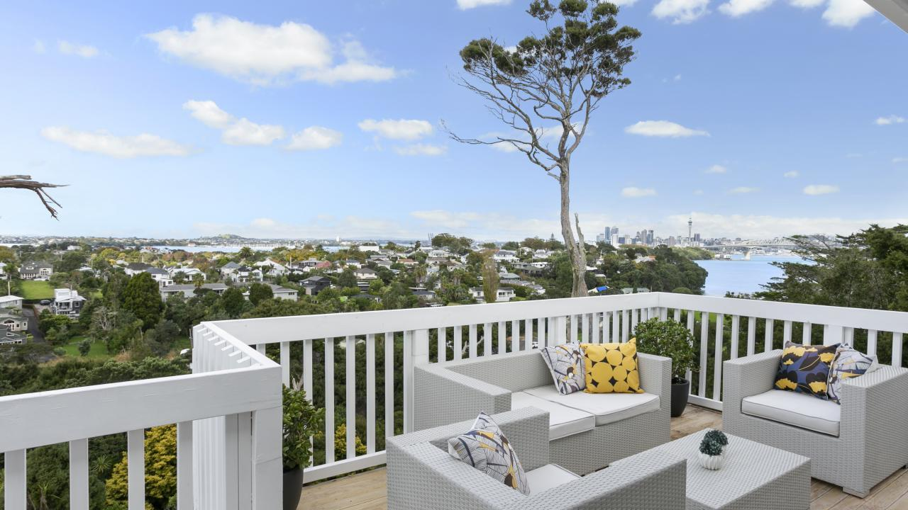 2/38a and 3/38a Seaview Avenue, Northcote