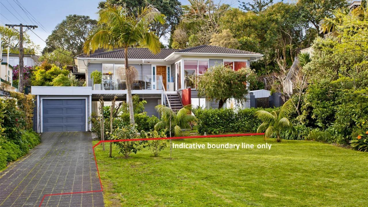 56 Seabreeze Road, Devonport