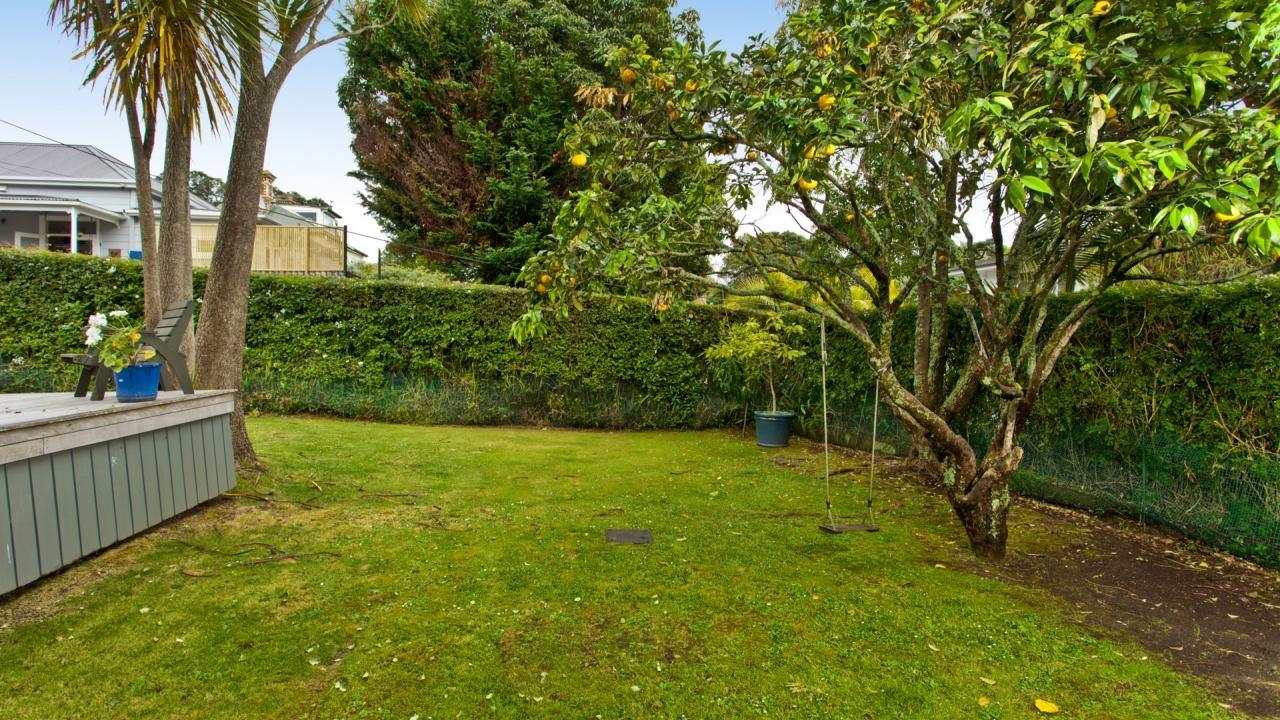 15 Albert Road, Devonport