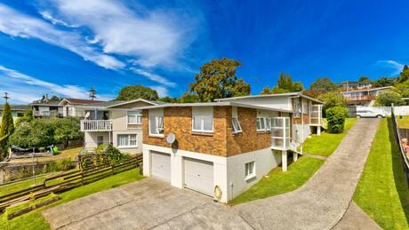 Flats 1 and 2, 9 Ayton Drive, Totara Vale