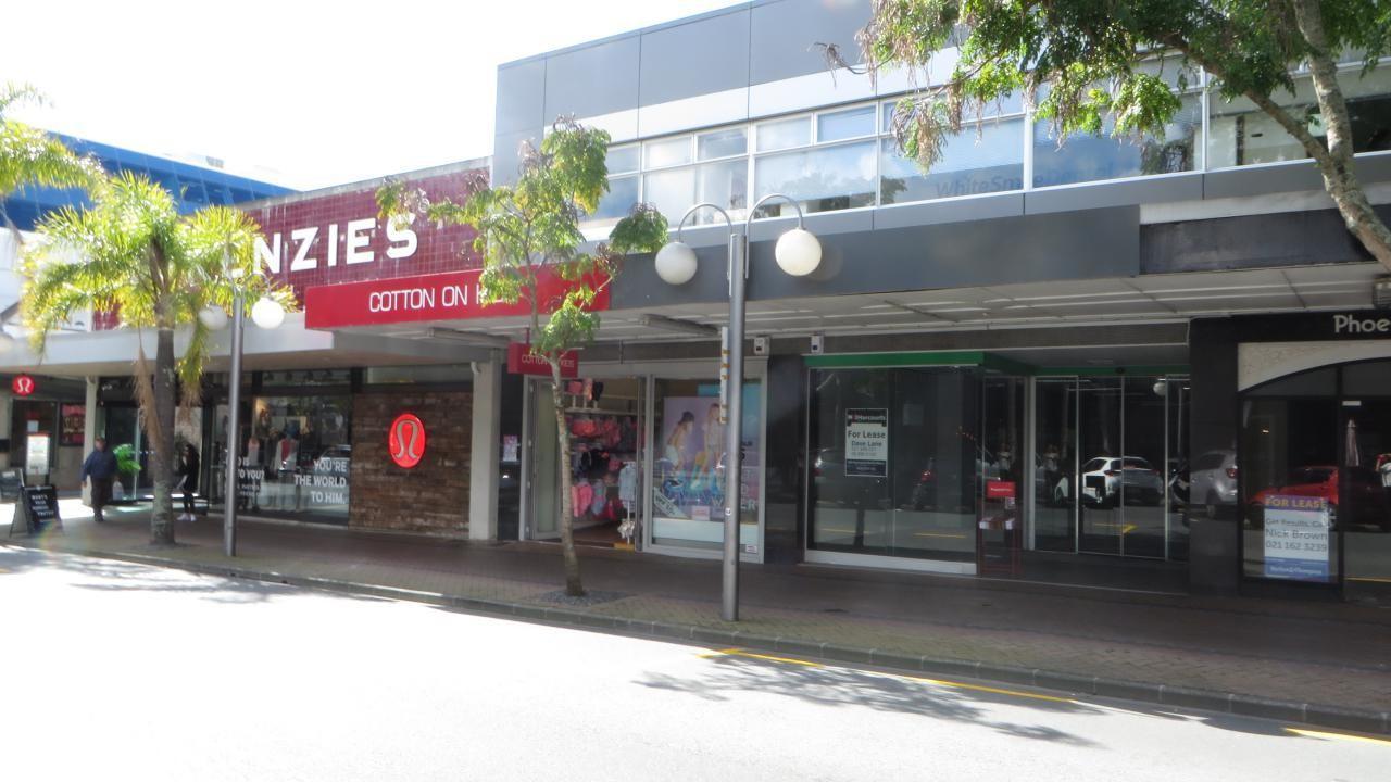 Shop C, 15-17 Hurstmere Road, Takapuna