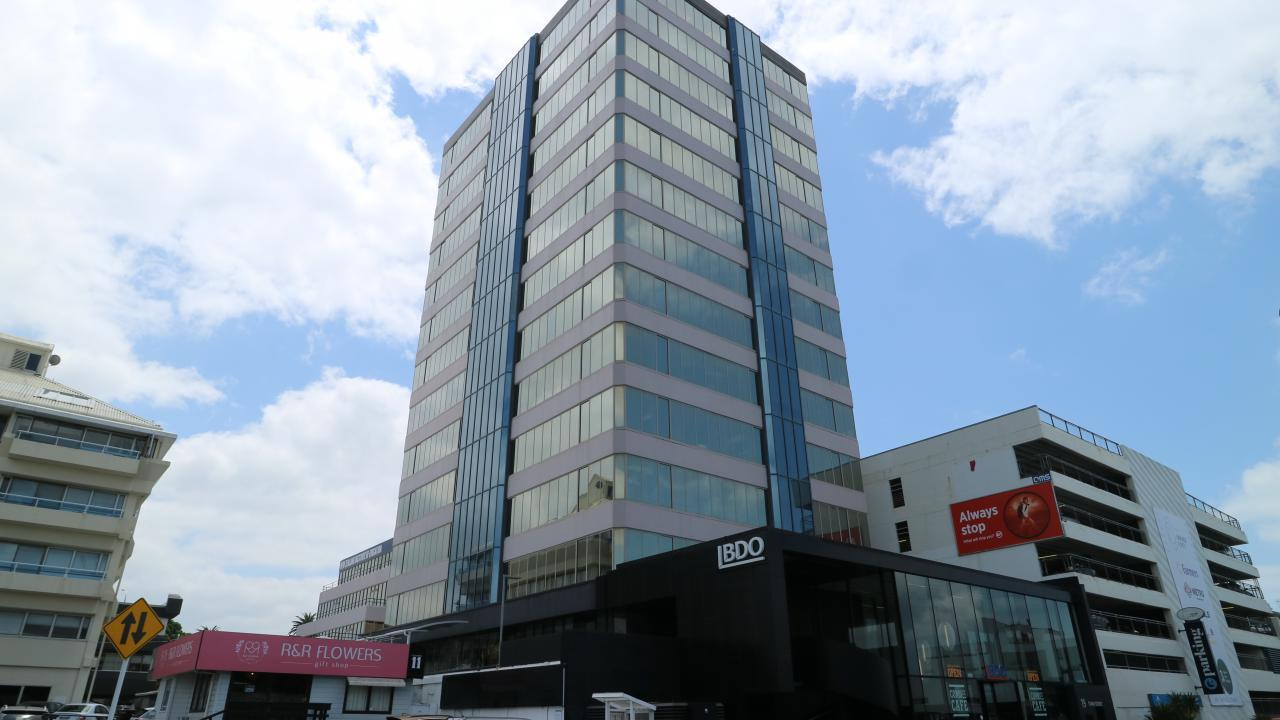 19-21 Como Street, Takapuna (Takapuna Central)