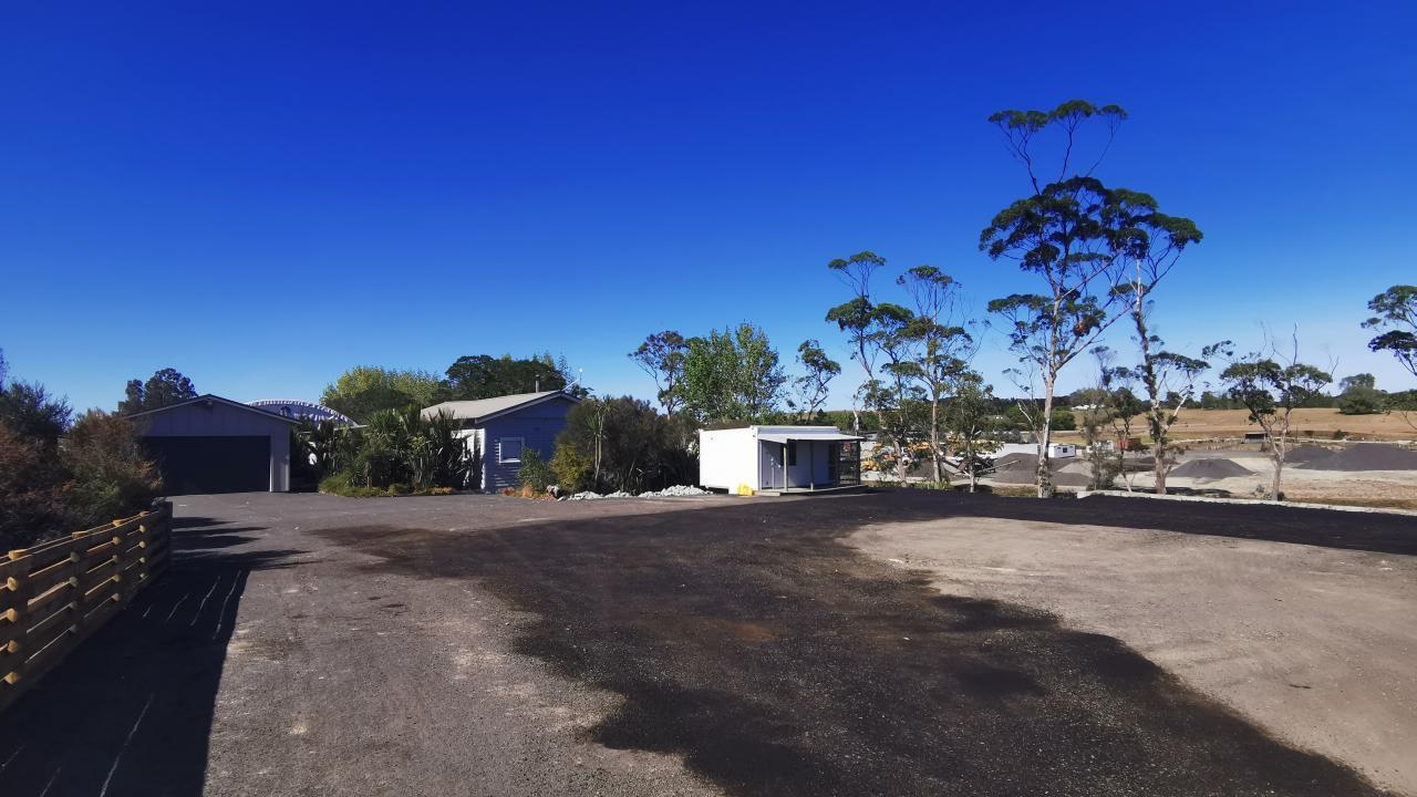 Yard B and A3/17 Kahikatea Flat Road, Dairy Flat