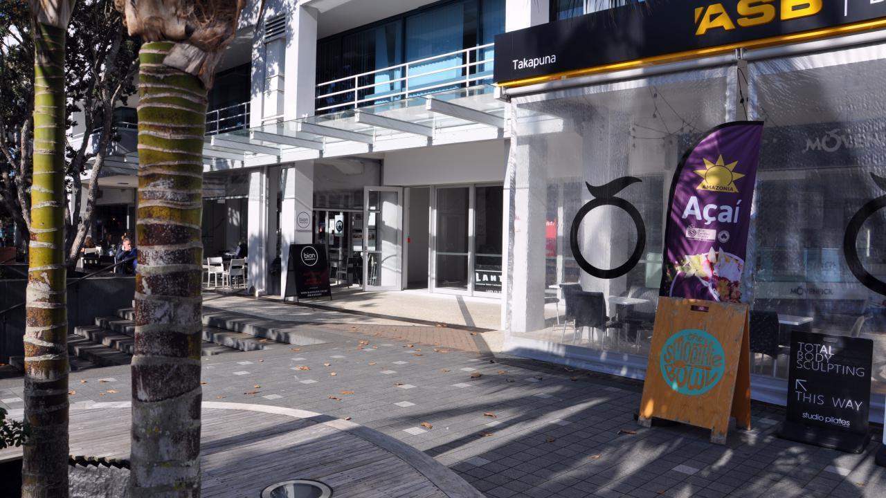 Shop 4/33-45 Hurstmere Road, Takapuna