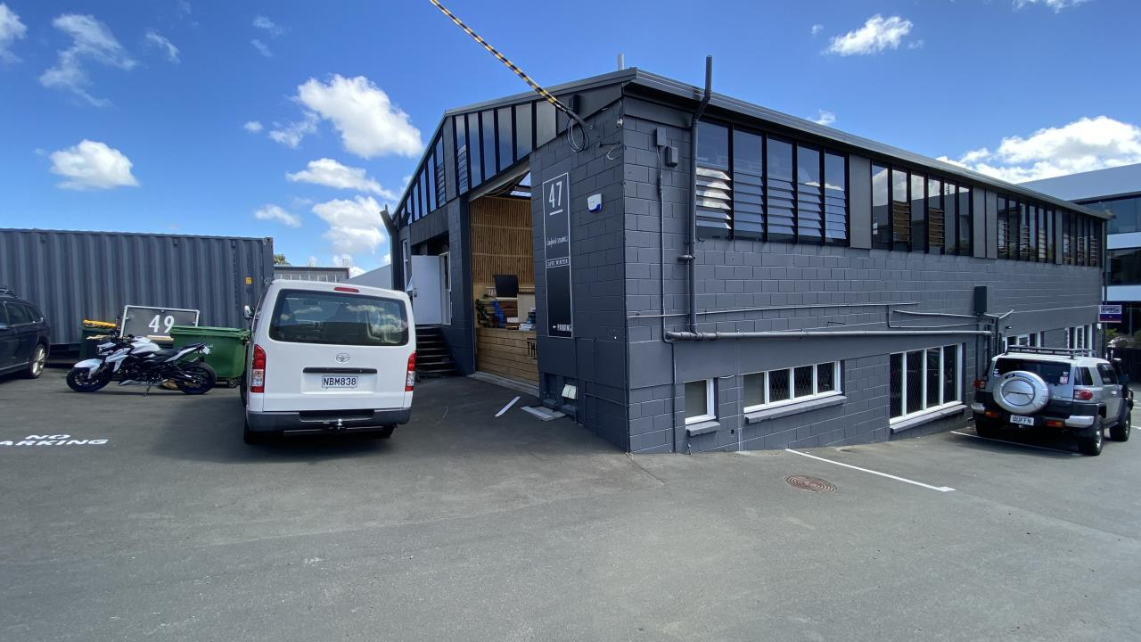 Top floor of 47 Barrys Point Road, Takapuna