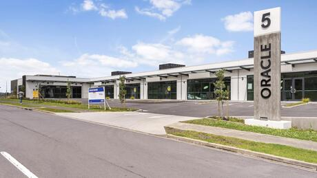 6/5 Oracle Drive, Albany