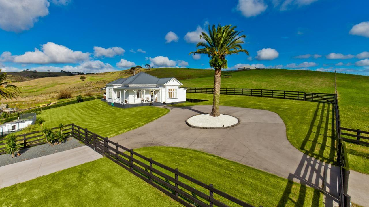 703 Peak Road, Waimauku