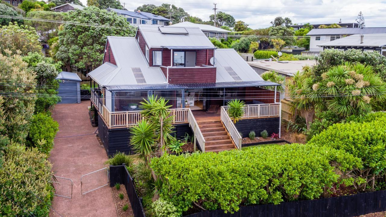 78 Waitea Road, Muriwai Beach