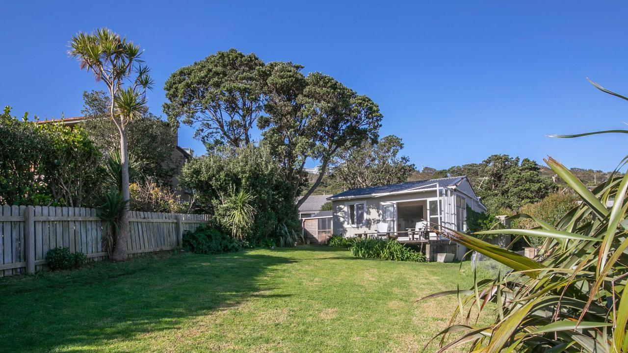 14 Edwin Mitchelson Road, Muriwai Beach