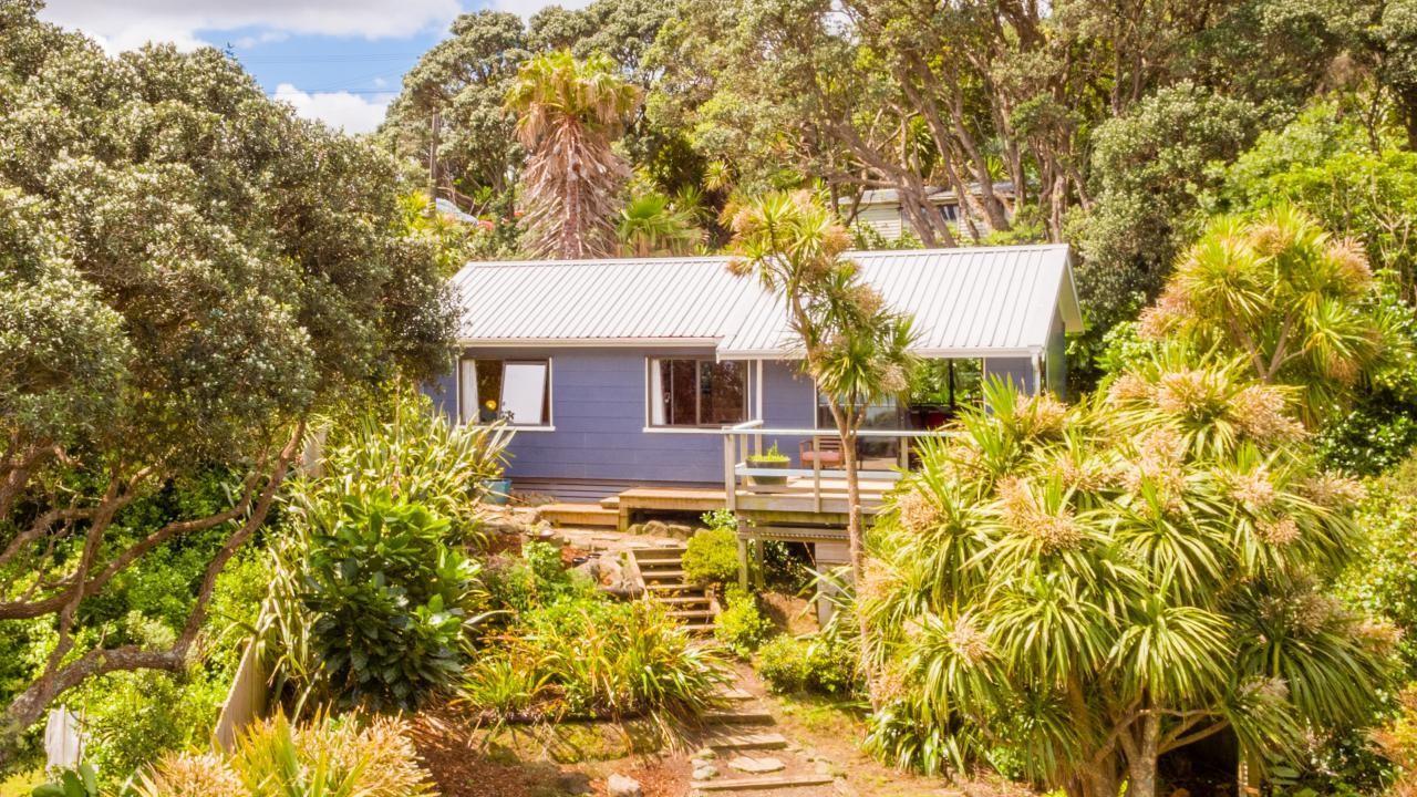 99 Waitea Road, Muriwai Beach