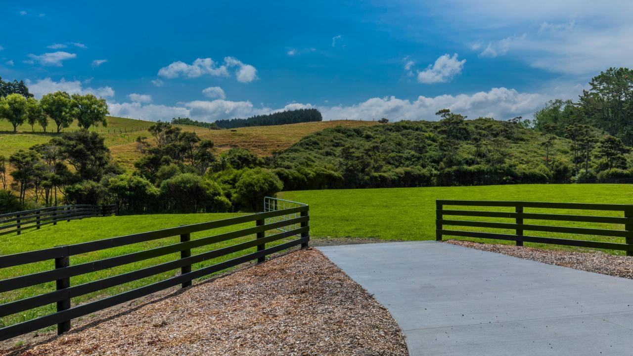 728 Peak Road, Helensville