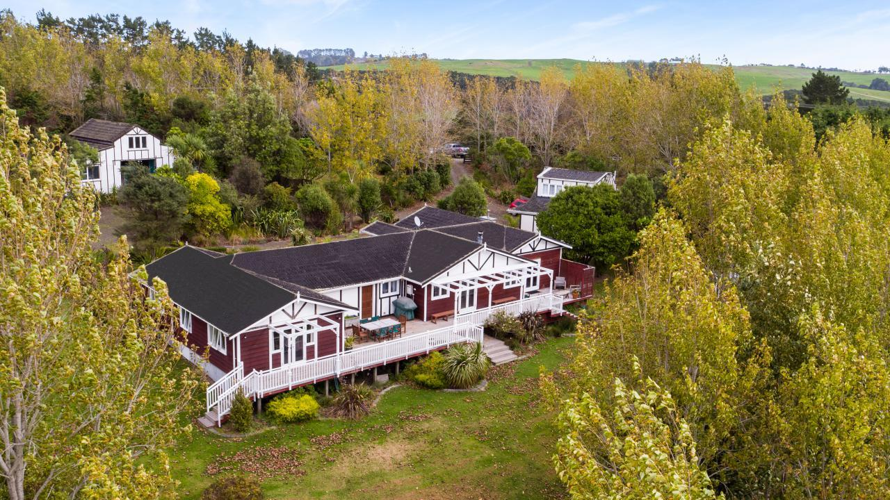 1410 Old North Road, Helensville
