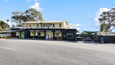 181-189 Motutara Road, Muriwai Beach