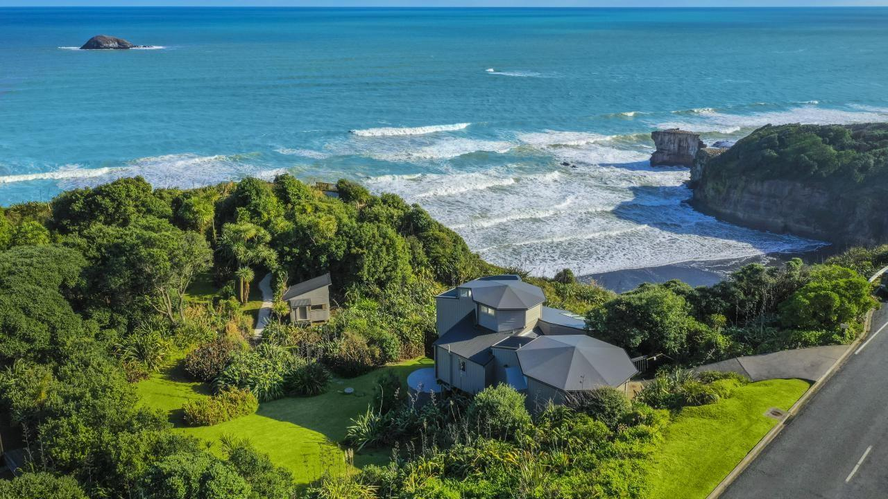 39 Waitea Road, Muriwai Beach