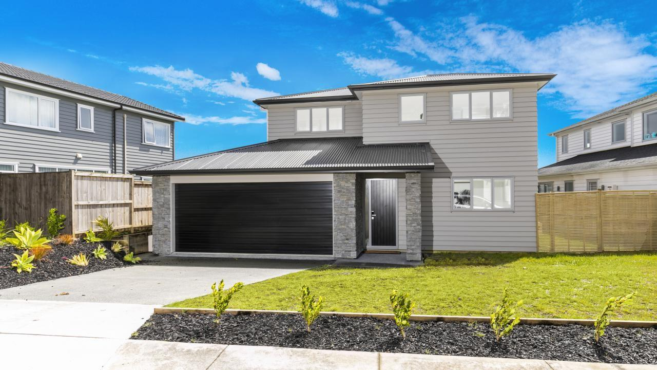 48 Colonial Drive, Millwater