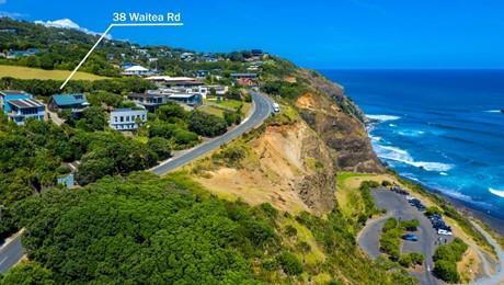 38 Waitea Road, Muriwai Beach
