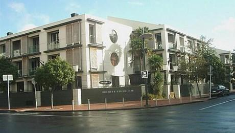 2GE/20 Pakenham Street East, Auckland Central