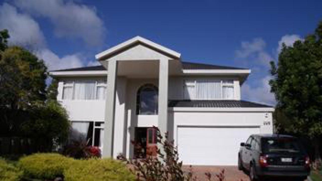 3 Taroka Close, Pinehill