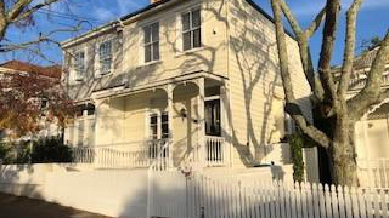 32 Pompallier Terrace, Ponsonby