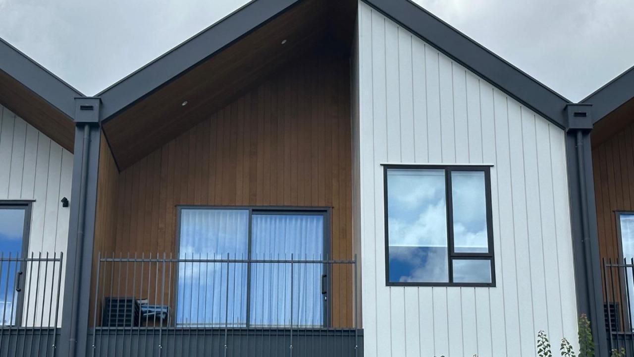 4/117 Buckley Avenue, Hobsonville