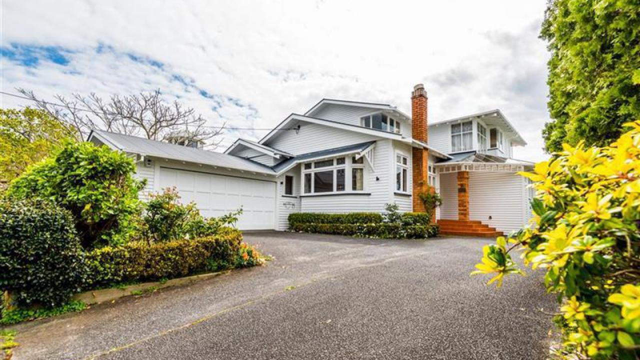 9 Clarence Road, Northcote Point