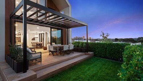 43 Hudson Bay Road- Launch Bay, Hobsonville Point
