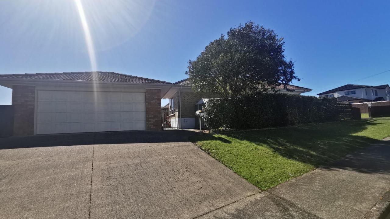2 Kelvyn Grove, Manurewa