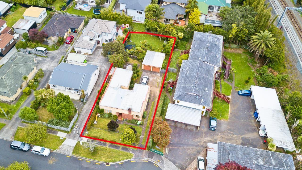 14 and 14A Knight Avenue, Mt Albert