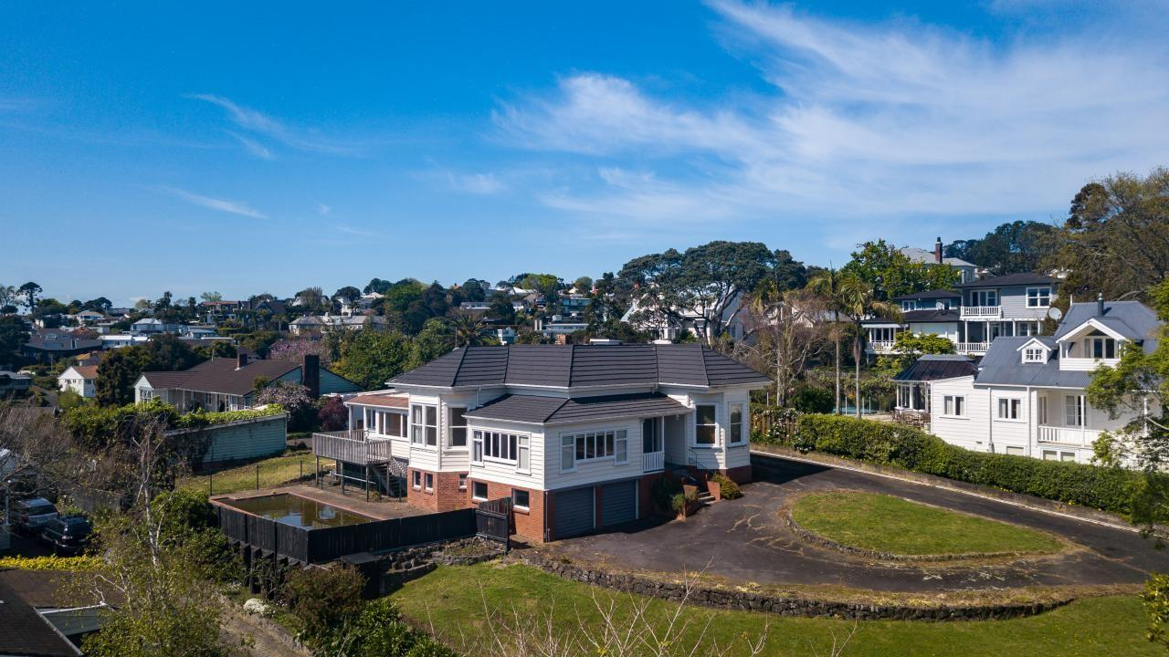 89 and 89A Seaview Road, Remuera