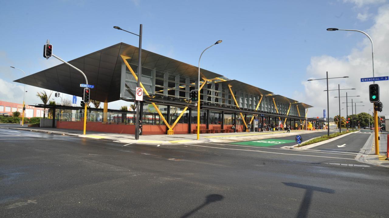 Auckland Transport Kiosk, New Lynn
