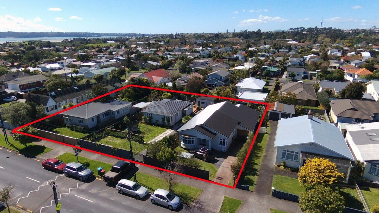 17, 19 and 21 Huia Road, Pt Chevalier