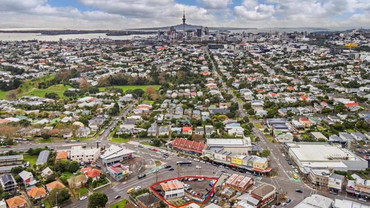 606-620 Great North Road, Grey Lynn