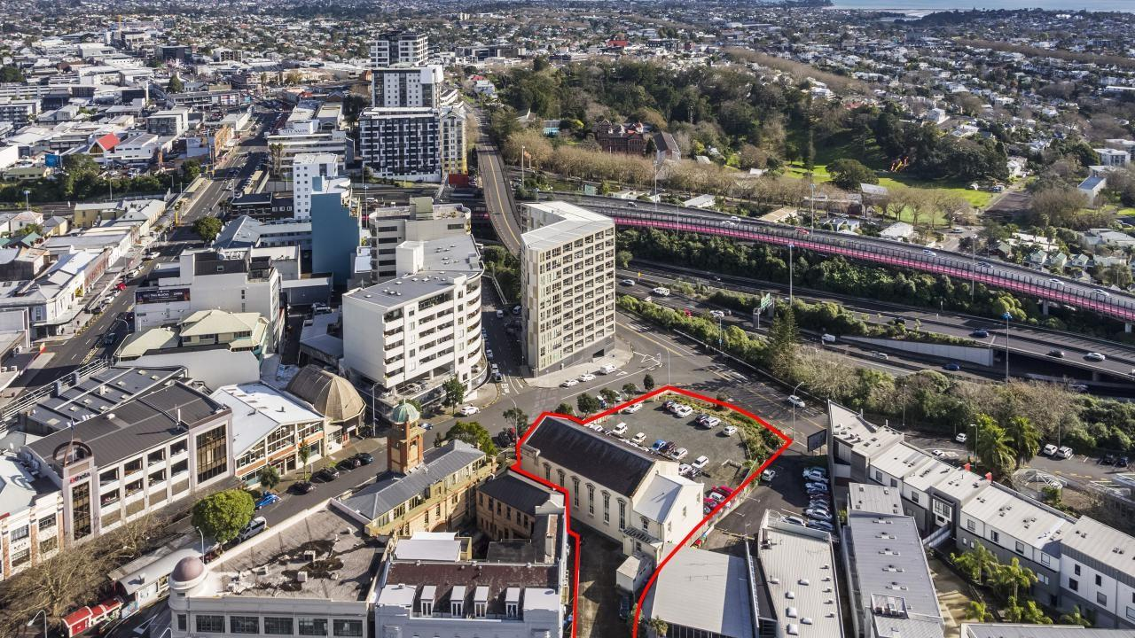 15-27 Beresford Square, Auckland Central