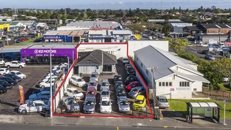 3011 Great North Road, New Lynn