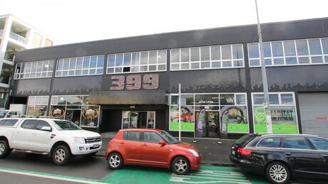 399 New North Road, Kingsland