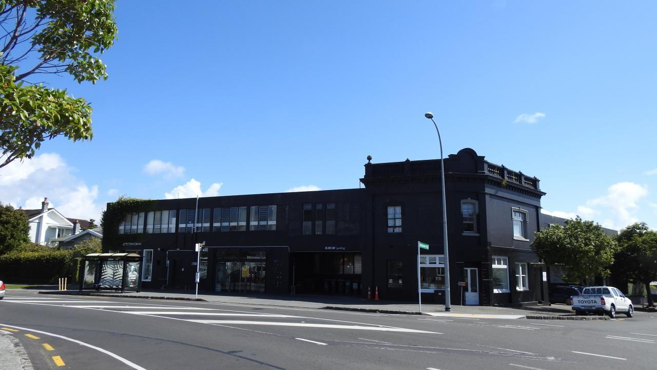 Shop 4/35 Surrey Crescent, Grey Lynn