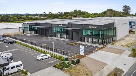 Units 1, 2 and 3/5 Northside Drive, Westgate