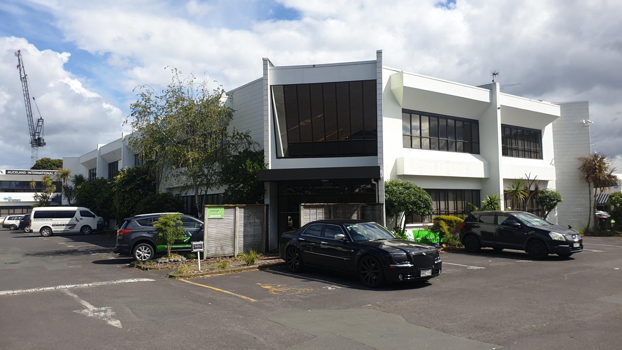 382-386 Manukau Road, Epsom