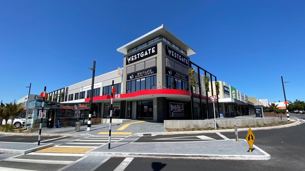 Retail 1/1-5 Fernhill Drive, Massey
