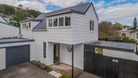2/19 Ridgemount Rise, Mangere Bridge