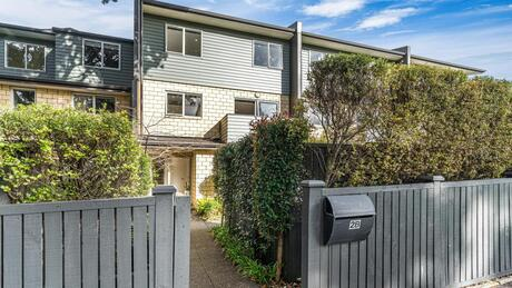 2B Rongo Road, Royal Oak