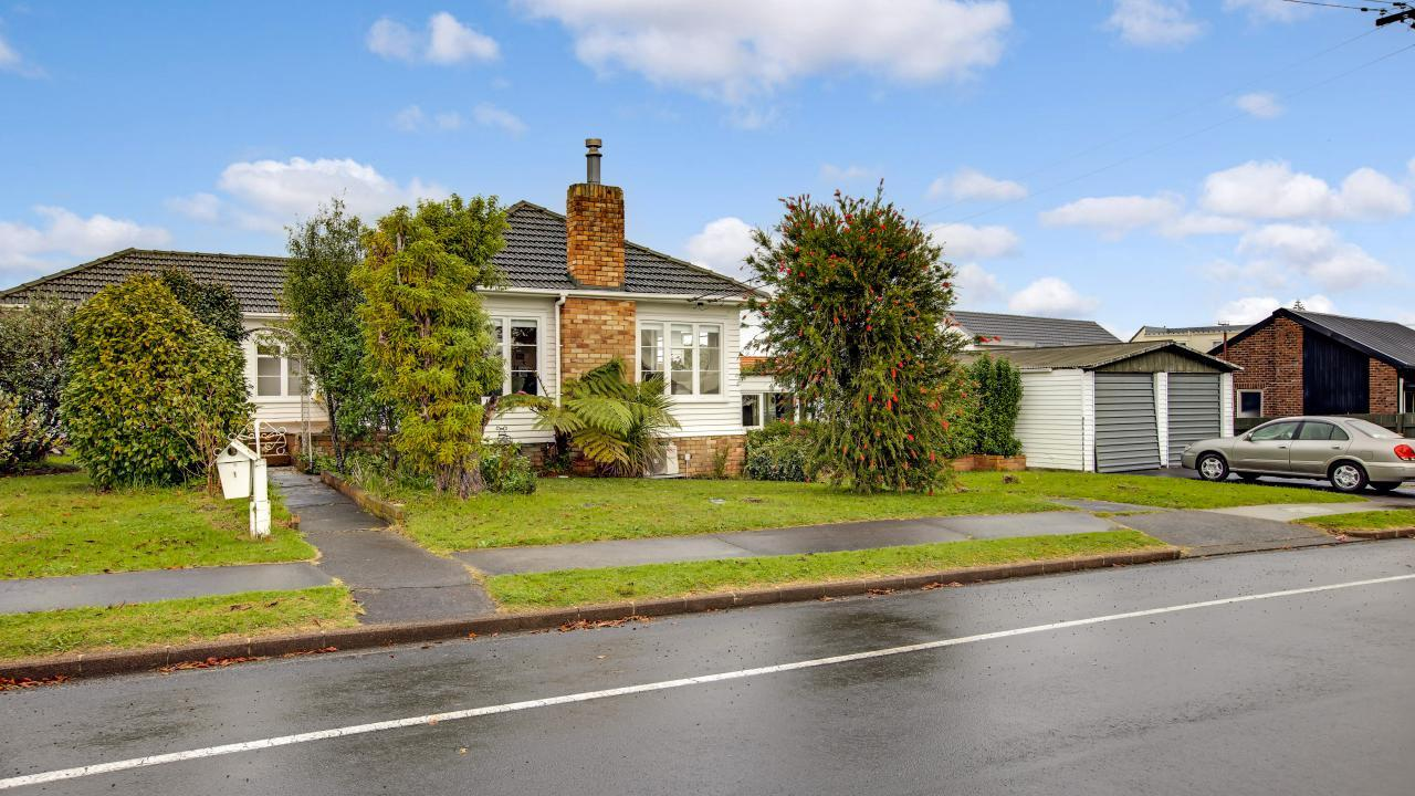 1 Staveley Ave, Mt Roskill