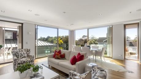 3A/104A Gladstone Road, Parnell