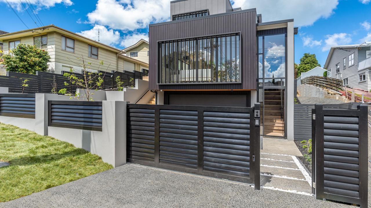 33 Yattendon Road, St Heliers
