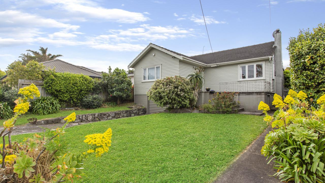 13 Rutland Road, Mt Wellington