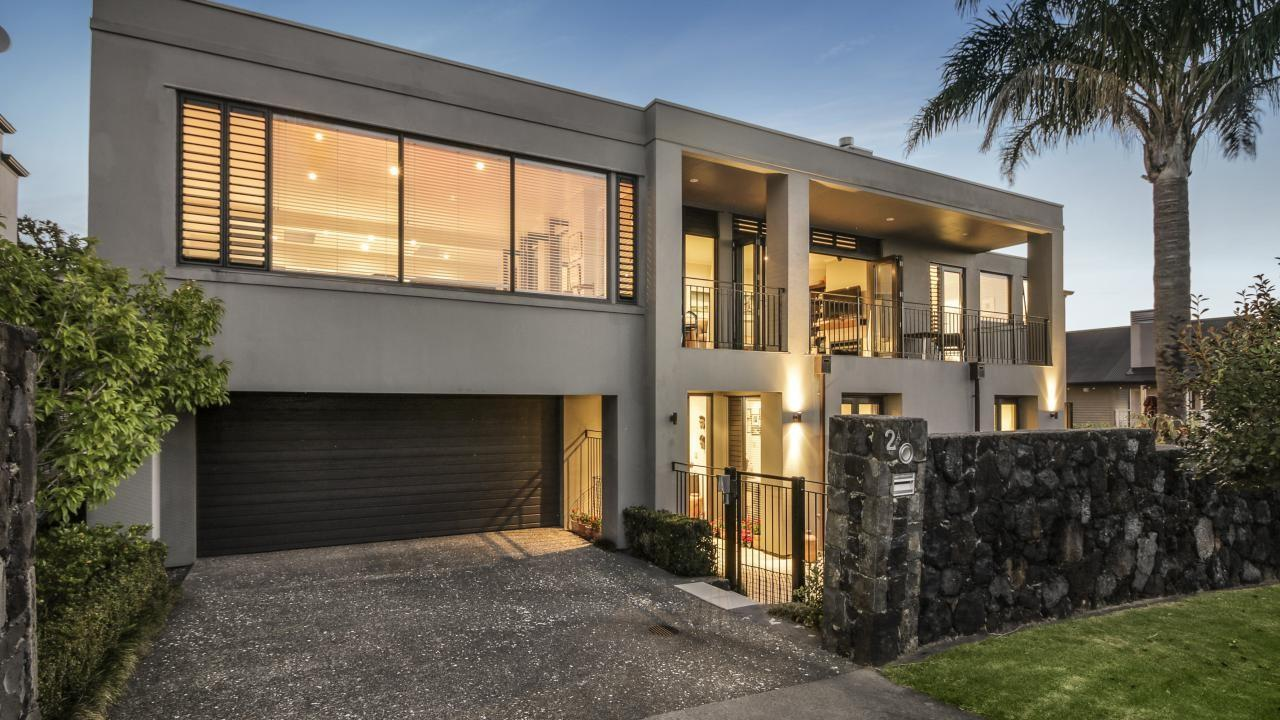 2A Woodside Crescent, St Heliers