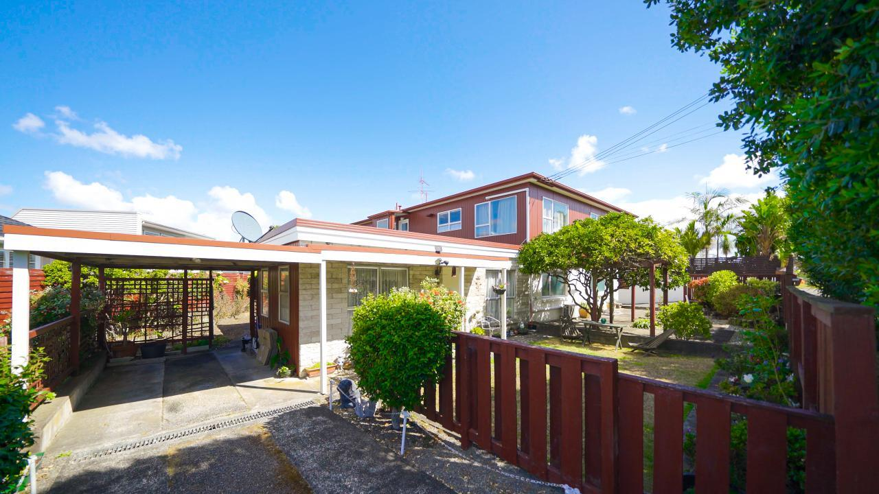 31 and 31A Bay Road, St Heliers