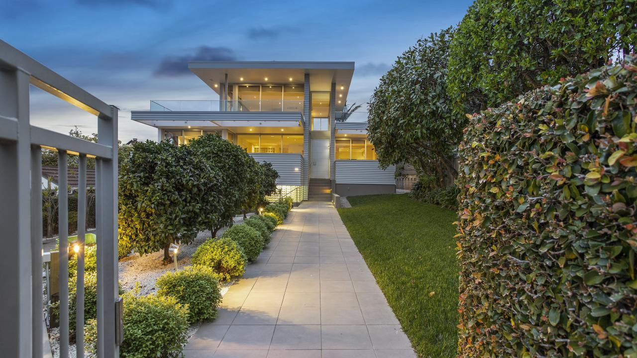 3 Dingle Road, St Heliers