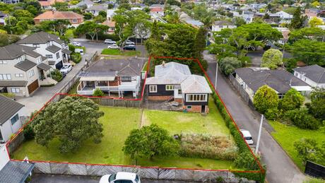 124 and 126A Maskell Street, St Heliers